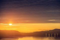 midnight (deetay26) Tags: sunset summer sun cold norway clouds nikon magic north arctic midnight fjord 70200 finnmark kirkenes firesky d610