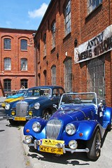 old cars show :) (green_lover) Tags: blue red history cars architecture vintage buildings poland oldcars redbrick yrardw