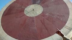 Jantar Mantar, Jaipur (srikanthdurbha) Tags: sun man dial jantar jaipur mantar singh motog