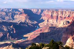 Grand Canyon (_sandreta) Tags: arizona usa naturaleza ro colorado unitedstates grandcanyon vegetacin estadosunidos grancan formacinrocosa