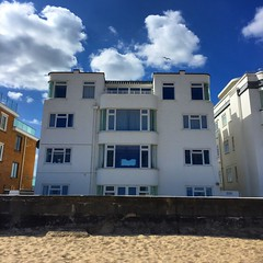 Sandbanks Art Deco (Marc Sayce) Tags: building art beach architecture apartments dorset deco sandbanks poole hime