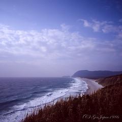 20160320-04 (GenJapan1986) Tags: 2016 fujifilmgf670wprofessional           6x6 film tokyo island travel  japan sea pacificocean landscape beach sky niijima fujifilmprovia400x
