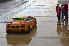 Despues de la lluvia  -  After the rain (ricardocarmonafdez) Tags: city urban color cars canon eos andaluca huelva ciudad urbano racers lamborghini coches carreras gallardo circuito supersport urbanlife urbanscene lapalmadelcondado monteblanco 60d superdeportivos lp570 ricardocarmonafdez
