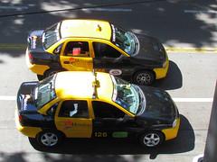 Chevrolet Corsa taxis en Argentina (RL GNZLZ) Tags: chevrolet argentina taxis mendoza corsa