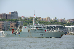 The HMCS Moncton (MM708) Is A Kingston Class Defense Vessel That Has Served In The Canadian Forces Since 1998. It Is Participating In The 2016 New York City Parade Of Ships To Mark The Start Of 2016 Fleet Week In New York City. Photo Taken Wednesday May 2 (ses7) Tags: nyc moncton week fleet hmcs royalcanadian navy2016