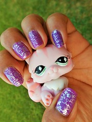 My nails for this weekend (flores272) Tags: cat nails manicure cattoy lps nuance littlestpetshop catfigure nailplate vintagelps bundlemonster nuancelilac395 bms161