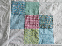 Quilt 003 (littlegreyhedgehog) Tags: quilt quilting 9patch quilttop fatquarter