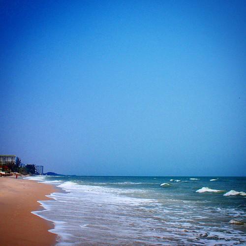 Good Morning Hua Hin #huahin #morning #tuesday #beautifulday #niceweather #niceday #thailand #beach #sunshine #summer #holiday #bluesky