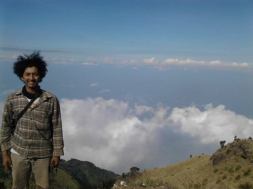 "Pengembaraan Sakuntala ank 26 Merbabu & Merapi 2014 • <a style=""font-size:0.8em;"" href=""http://www.flickr.com/photos/24767572@N00/26558578583/"" target=""_blank"">View on Flickr</a>"
