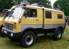 Mercedes-Benz Unimog 406 Camper (Zappadong) Tags: auto camping classic car vw truck automobile voiture coche mercedesbenz classics oldtimer caravan camper mobilehome oldie 406 carshow lt wohnmobil unimog lastwagen lkw youngtimer 2016 automobil bockhorn mobilhome oldtimertreffen zappadong