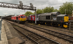 DBC Class 60 No 60092 prepares to pass ROG Class 37/8 no 37884 at Derby Station on 26-05-2016 (kevaruka) Tags: road railroad england cloud color colour green english heritage history colors station sport yellow electric clouds composition train canon eos spring track day colours cloudy outdoor derbyshire transport may rail railway dreary trains class historic telephoto vehicle 5d british locomotive network 37 derby dull mk3 2016 colas 66720 37421 37884 5d3 60092 5diii thephotographyblog