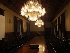 "Quito: el Palacio del Gobierno et sa salle de réunion <a style=""margin-left:10px; font-size:0.8em;"" href=""http://www.flickr.com/photos/127723101@N04/27442688145/"" target=""_blank"">@flickr</a>"