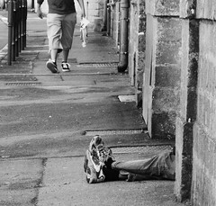 Meeting Africa (Jean-Luc Lopoldi) Tags: street bw feet walking noiretblanc baskets lying rue pieds couch marcher