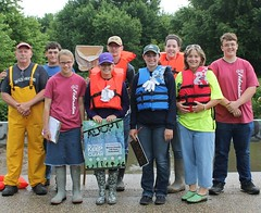 Mercer County 4-H monitors Edwards River (illinoisriverwatch) Tags: r0412201 4h mercer