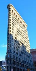 #newyork #flatbuilding (camo767) Tags: newyork flatbuilding
