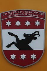 Triebwagen BDhe 4/8 132 der Wengernalpbahn WAB ( Baujahr 1988 => Zahnradbahn - Schmalspur 800mm => Hersteller SLM Nr. 5364 ) auf dem Bahnhof Kleine Scheidegg im Berner Oberland im Kanton Bern der Schweiz (chrchr_75) Tags: train de tren schweiz switzerland suisse swiss eisenbahn railway zug april locomotive cogwheel christoph svizzera bahn zahnrad treno schweizer chemin centralstation fer locomotora tog crmaillre juna lokomotive lok ferrovia bergbahn cremallera spoorweg suissa 2015 zahnradbahn locomotiva lokomotiv ferroviaria  locomotief chrigu  rautatie  mountaintrain bahnen zoug trainen  chrchr hurni chrchr75 chriguhurni albumbahnenderschweiz chriguhurnibluemailch albumbahnenderschweiz201516 albumzzz201504april