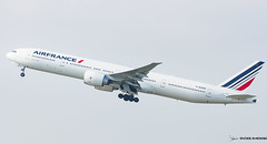 AIR FRANCE [CDG] (Orekaman) Tags: plane airplane airport aircraft boeing aeroport avion airfrance cdg boeing777 lfpg fgzno