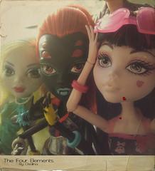 Draculaura, Wydowna & Lagoona (eneida_prince) Tags: spider photo doll dolls photoshoot photos vampire seamonster mh mattel danceclass 2015 classicalballet ilovefashion lagoonablue monsterhigh draculaura wydownaspider osalina monsterhigh2015 schoolsout