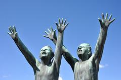 0954 Oslo - Vigeland Skulpturpark (Docaron) Tags: sculpture oslo bronze frognerparken frognerpark vigeland norvge vigelandsanlegget dominiquecaron