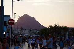 Arenal (georgewhitehouse) Tags: sunset espaa spain mahou arenal jvea bustling xbia