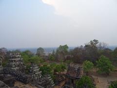 DSC01226 (LeeZhenYu) Tags: cambodia siemreap angkor phnombakheng phnom bakheng