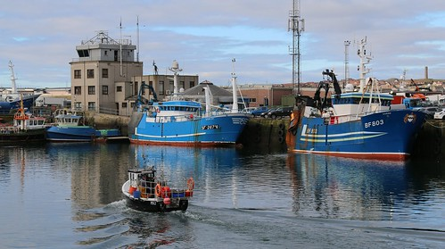 21st April 2016. PD2 Prosperity Be leaving Peterhead, Aberdeenshire, Scotland. Carina BF803 and Victoria May SF267-V.