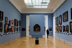 Alone with masterpieces (Guillaume DELEBARRE (Guigui-Lille)) Tags: blue man france art museum architecture canon 50mm gallery alone perspective galerie silouette muse bleu lille visitor tableaux masterpieces 6d beauxarts visiteur paintures musedesbeauxarts 50f12 ef50f12 canoneos6d