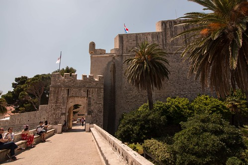 Thumbnail from Ploce Gate