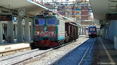 e633-233 (andrewcabassa) Tags: train merci sony railway transito stazione treno tigre carri fs railstation trenitalia ferrovia fotocamera ferroviedellostato savona locomotore binario3 livrea e633 xmpr1 dsch400
