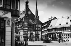 2016 Sweet Hometown (jeho75) Tags: leica iiif summicron leitz deutschland germany harz wernigerode rathaus townhall rollei retro bw schwarz weis black white marktplatz