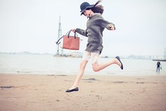(Jacz Tse) Tags: life portrait people woman girl beautiful fashion lady female youth canon asian eos 50mm jump movement legs outdoor f14 young lifestyle snap 50mm14 lovely canton 50mmf14 inthemoment fashionstyle inmylife 5dmarkii