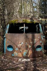 (little.miss.linda) Tags: bus cars abandoned car vw volkswagen decay forgotten bil buss bilar bilkyrkogård carcemetary