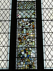 Coventry - Holy Trinity Church (pefkosmad) Tags: uk england church window interior chapel stainedglass medieval coventry middleages anglican warwickshire godiva fragments churchofengland consistorycourt archdeaconscourt