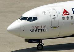 Delta (Charlie Carroll) Tags: tampa florida tampainternationalairport ktpa