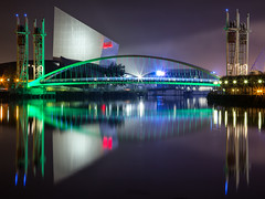 12/04/16 Millennium Footbridge and the Imperial War Museum, Salford Quays (G-WWBB) Tags: night reflections salfordquays millenniumbridge salford quays imperialwarmuseum iwm thequays millenniumfootbridge salfordquaysliftbridge salfordquaysmillenniumfootbridge