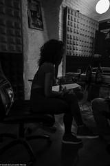 Carol & Jota Mayuscula (20 de 35) (ISRAEL (BURMI)) Tags: blanco y negro estudio hiphop jota grabacion monocromtico mayuscula jotamayuscula israeldeleonardonovoa carolmenezes masgravesestudio