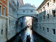Venice, Bridge of Sighs (REBEL--) Tags: bridge venice camp italy english beach italian san lizard bologna ferrara sighs remo tutor senza frontiere lsf lingue porotto