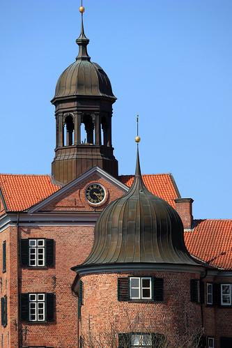 "Eutiner Schloss (19) Torturm • <a style=""font-size:0.8em;"" href=""http://www.flickr.com/photos/69570948@N04/26878562081/"" target=""_blank"">View on Flickr</a>"