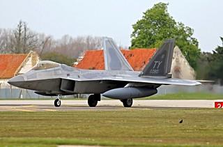 04-4080/TY  F-22 RAPTOR  95FS USAF