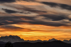 Monte Rosa al tramonto (Mattia Pianca) Tags: light sunset sky italy orange cloud sun mountain sunshine clouds last montagne landscape nikon italia tramonto nuvole f14 may 85mm rosa awsome cielo monte alpi 85 paesaggio maggio 2016 cromie d90 samyang skyporn samyang85mm