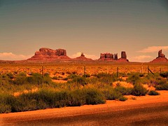 late sun over Monument Valley (saxonfenken) Tags: 6804land 6804 monumentvalley latesun dusk landscape pregamewinner gamewinner