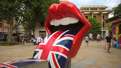 Tongue and lips (hobbitbrain) Tags: rollingstones london unionjack england exhibitionism saatchigallery