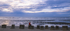 One (Olen photo) Tags: alone ocean wave cloud blue sunset relax red canon 500d tokina t116
