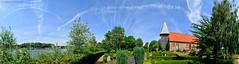 Kirche Sehestedt (Gelegenheitsknipser) Tags: marcopagel mpfotonet gelegenheitsknipserde 2010 schleswigholstein sh norddeutschland deutschland landschaft nordostseekanal nok kreisrendsburgeckernfrde rd panorama freihandpanorama sehestedt kirche kirchturm friedhof