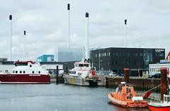 Hafenregion - Schlote; Esbjerg, Dnemark (14) (Chironius) Tags: esberg dnemark esbjerg denmark danmark hafengebiet see nordsee meer northsea merdunord mardelnorte maredelnord industrie