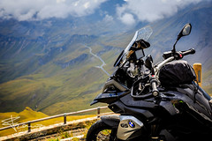 A beautiful rainy day... (Franzli) Tags: canoneos5dmarkiii canonef2470mmf28liiusm bmw r1200gs motorcycle motorbike grossglockner