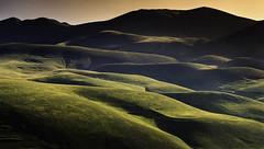 The light of the Sibillini. (Massetti Fabrizio) Tags: sibillini mountain mount marche umbria sunrise sun sunlight color cambo green light luce red schneider iq180 italia italy