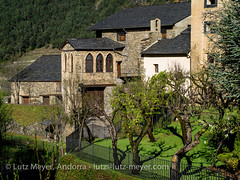 Andorra history: Vall nord, Ordino, Andorra (lutzmeyer) Tags: pictures old city history primavera architecture rural sunrise photography town spring arquitectura europe photos pics alt abril images historic oldhouse fotos valley april architektur past sonnenaufgang historia andorra antic bilder imagen pyrenees tal iberia frhling historie pirineos pirineus iberianpeninsula architectura vell geschichte pyrenen vergangenheit antik historique historisch imatges frhjahr alteshaus baukunst ordino vallnord geschichtlich iberischehalbinsel sortidadelsol mfmediumformat ordinocity capellacasarossell casarossellordino lutzmeyer lutzlutzmeyercom ordinovallnord