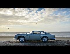 DB5 1/18 (vapi photographie) Tags: ocean beach car model martin aston 118 diecast db5 autoart