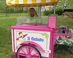 IMG_3328 would you like some icecream? (pinktigger) Tags: pink italy me italia icecream gelato friuli fagagna oasideiquadris feagne